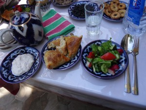 lunch: samsa, yoghurt and salad