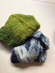 Green: indigo plus gardenia; blue and white, indigo alone